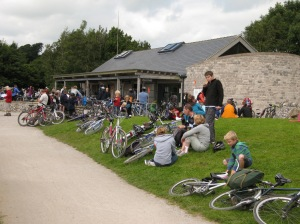 Cyclists at Parsley Hay
