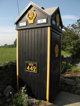 Old AA box, Aysgarth