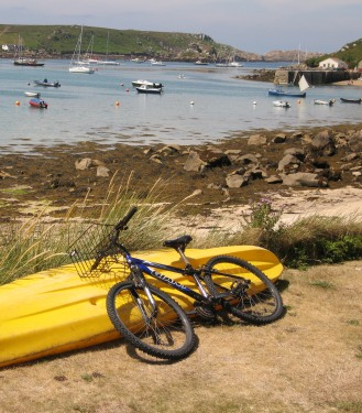 New Grimsby quay, Tresco