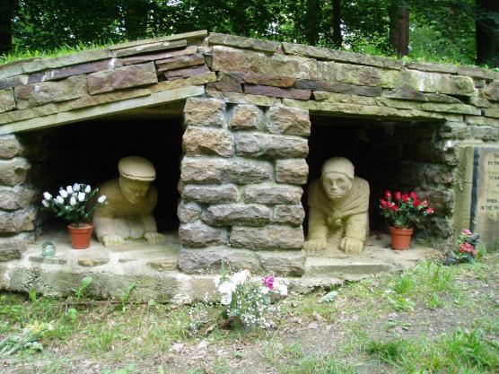 Huskar Pit memorial