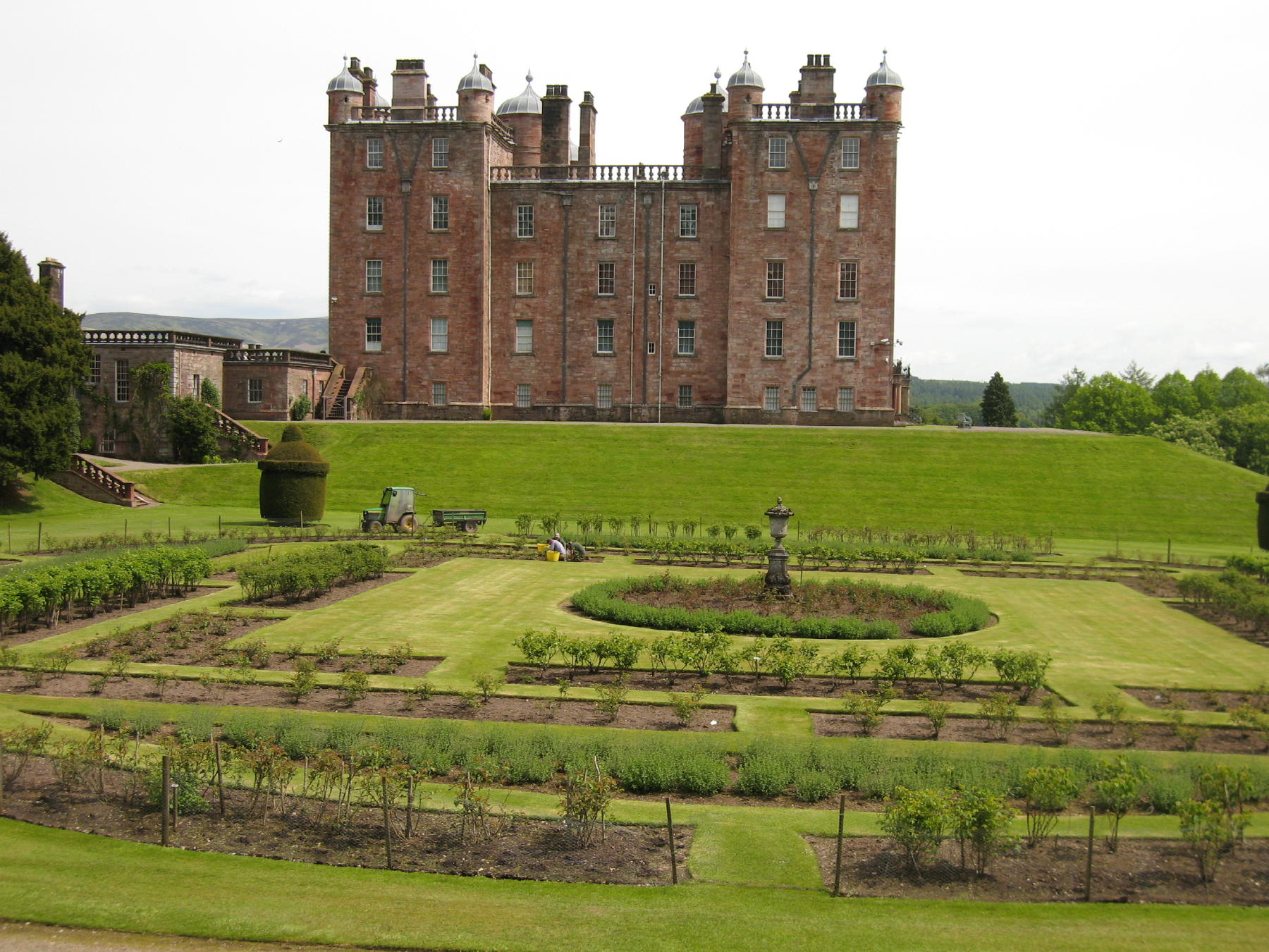Nice South  Great British Bike Rides With Fetching Drumlanrig Castle With Endearing Burford Gardens Also Haskins Garden Centre Head Office In Addition Spring Garden Crafts And Covent Garden Circus As Well As Round Garden Chair Cushions Additionally Hilltop Gardens Paphos From Greatbritishbikeridesnet With   Fetching South  Great British Bike Rides With Endearing Drumlanrig Castle And Nice Burford Gardens Also Haskins Garden Centre Head Office In Addition Spring Garden Crafts From Greatbritishbikeridesnet