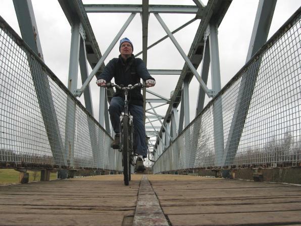 The blue bridge over the River Calder